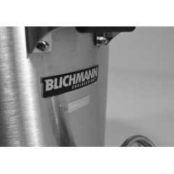 Even the nameplate conveys quality - stainless steel with chrome raised letters.